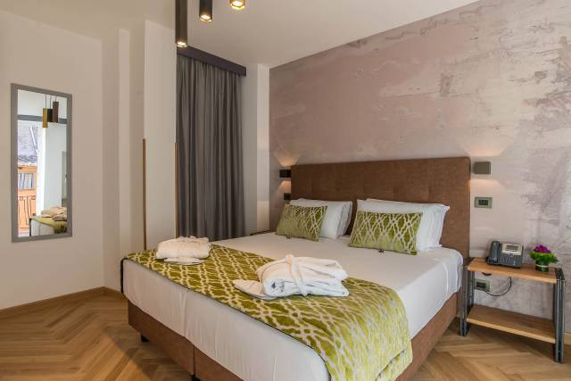 Navona-Essence-Roma-Suite-45